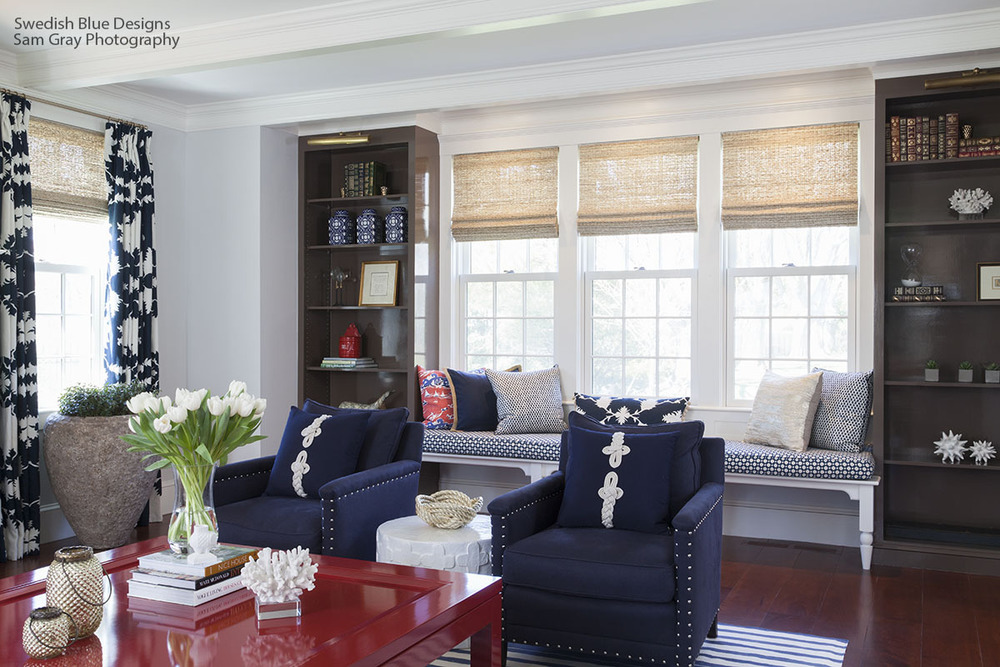 Family Room - Lacquered Coffee Table and Window Seat
